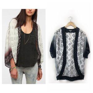 Urban Outfitters Ecote Geo Print Kimono Size S
